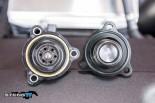 Links Ford Original und rechts das BOV von Turbosmart